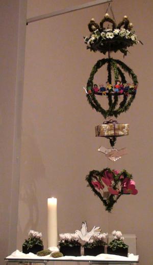 opbouwschikking kerst 2013 'vrede en geluk' Vertel het maar.